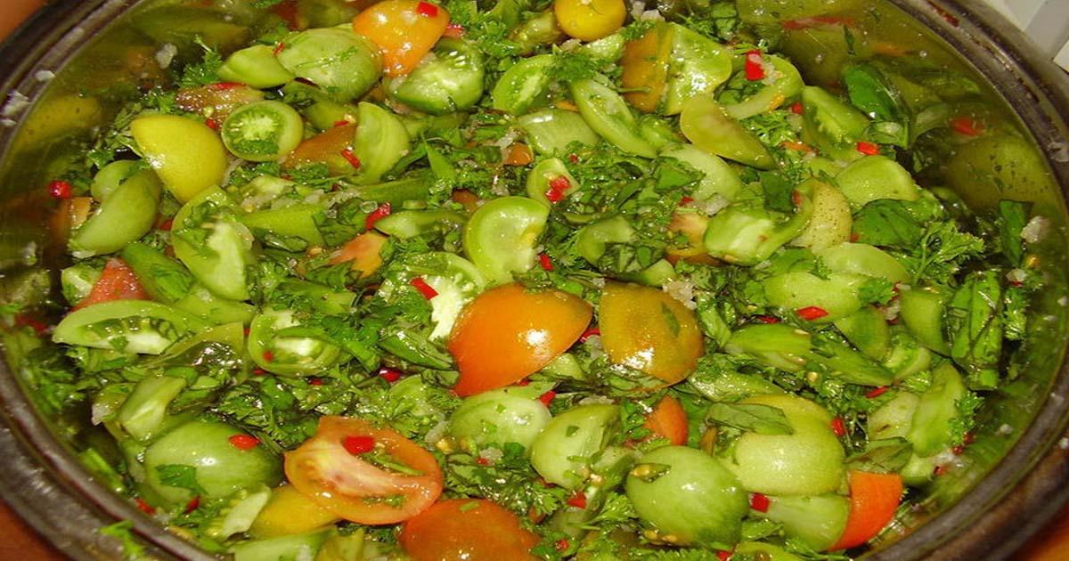Маринованные зеленые помидоры дольками на зиму